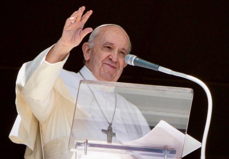 Papa Francesco omosessuali