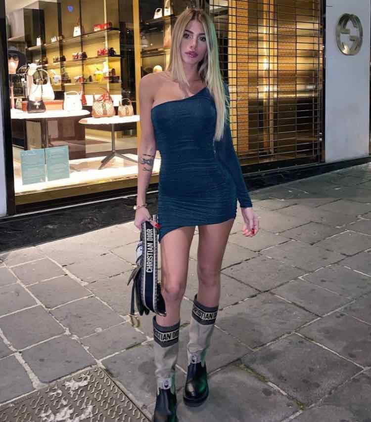 Chiara Nasti gambe