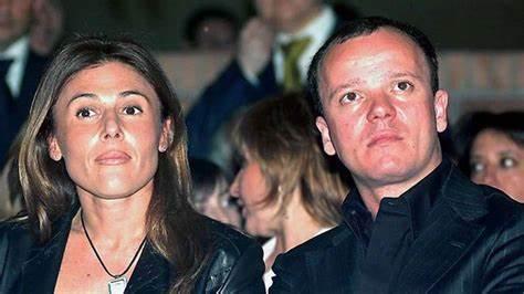 Gigi D'Alessio e l'ex moglie Carmela