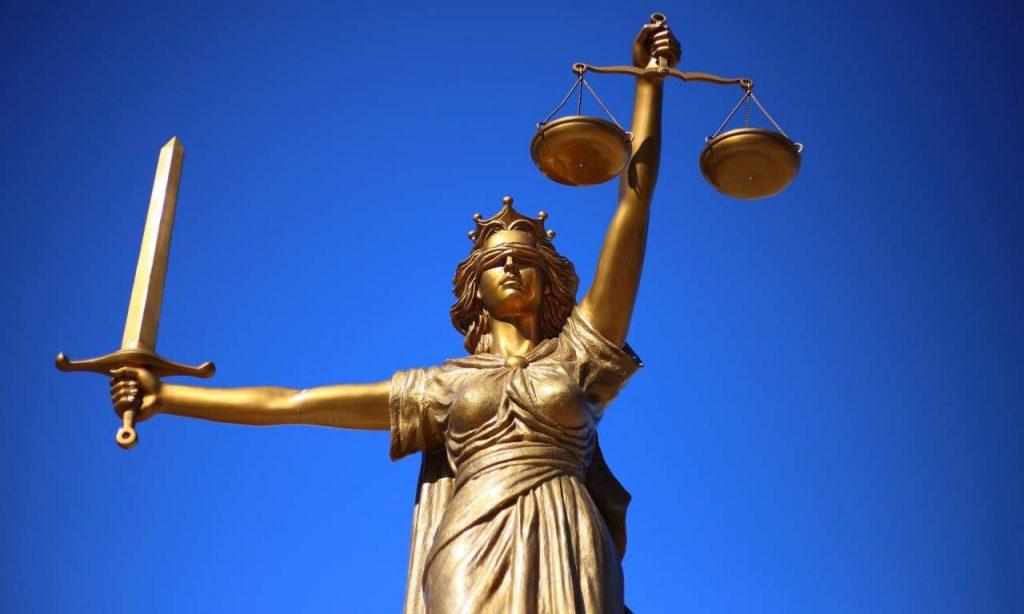 Statua Giustizia