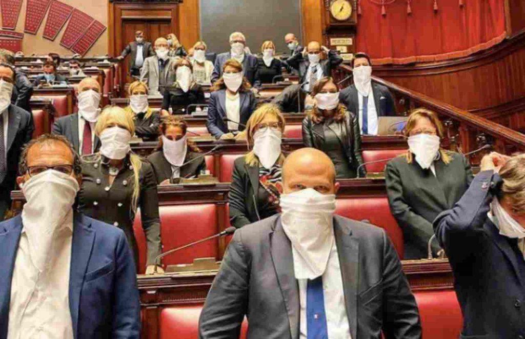 Parlamentari bavaglio
