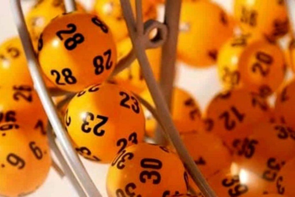 estrazione numeri (web source)