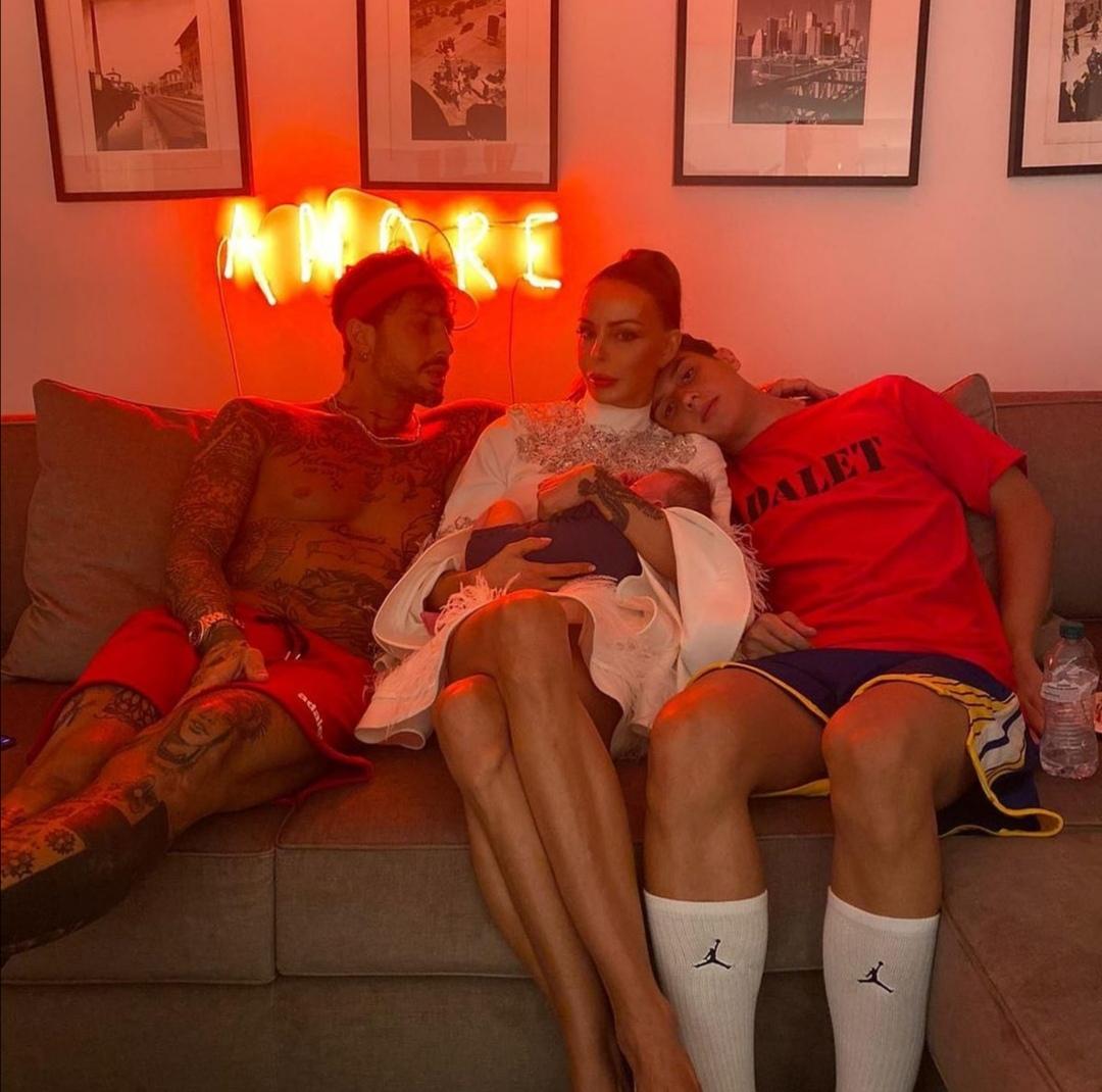 Carlos Maria Corona e la sua famiglia