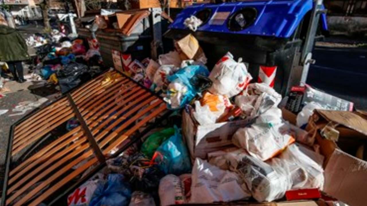 rifiuti roma (web source)