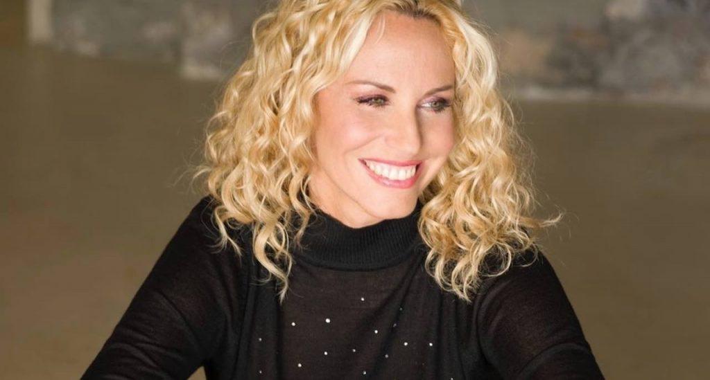 """""""Siamo simili"""": Antonella Clerici dimostra tutta la sua nostalgia"""