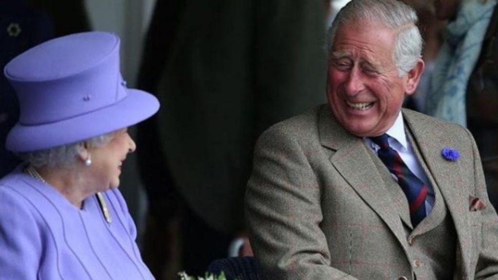 Elisabetta II e il figlio Carlo