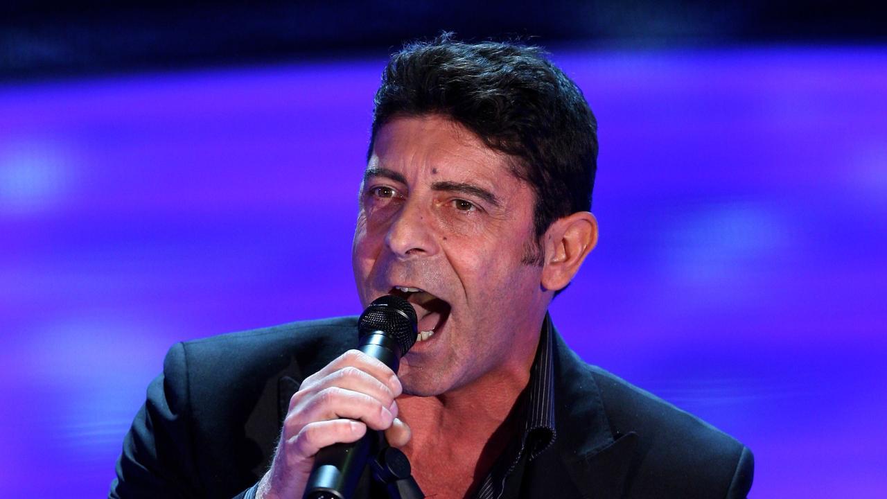 Luca Laurenti canta