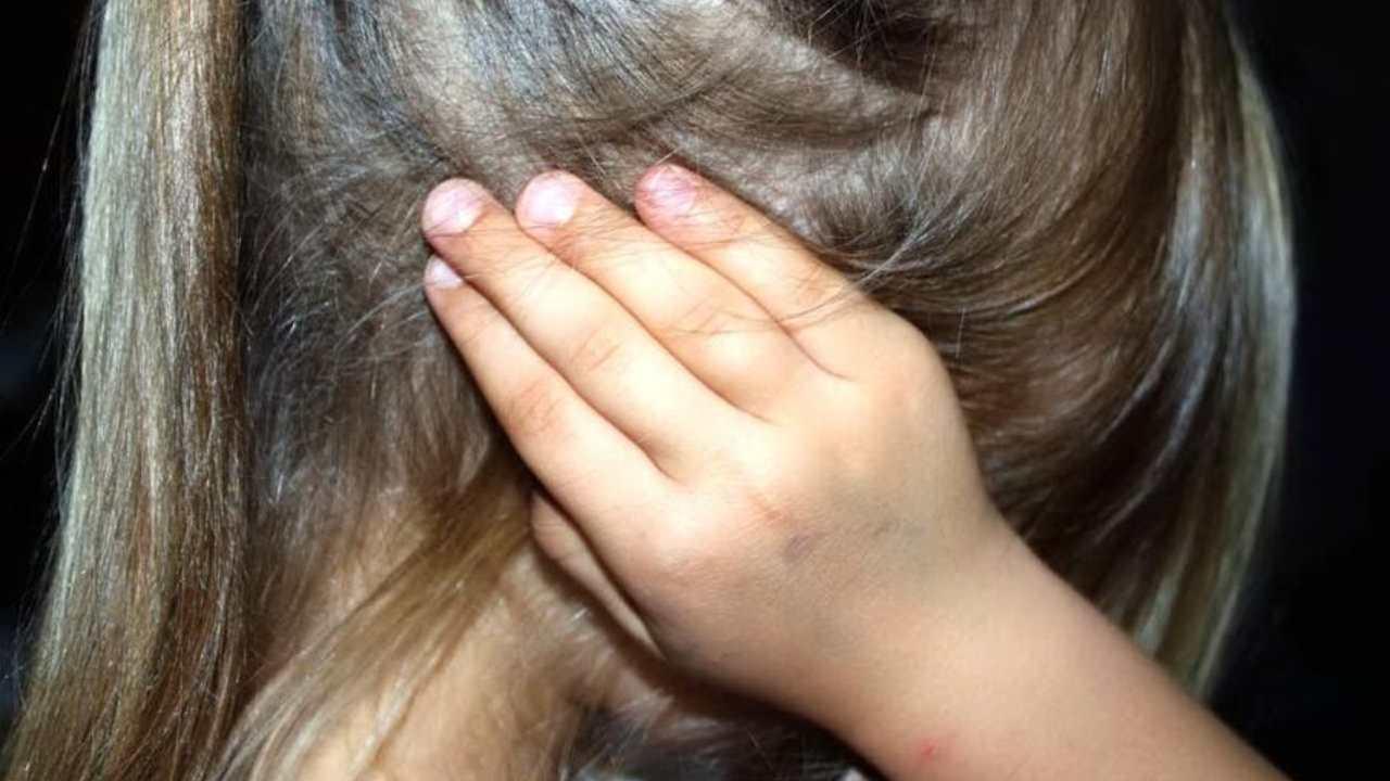 ragazzina picchiata (web source)
