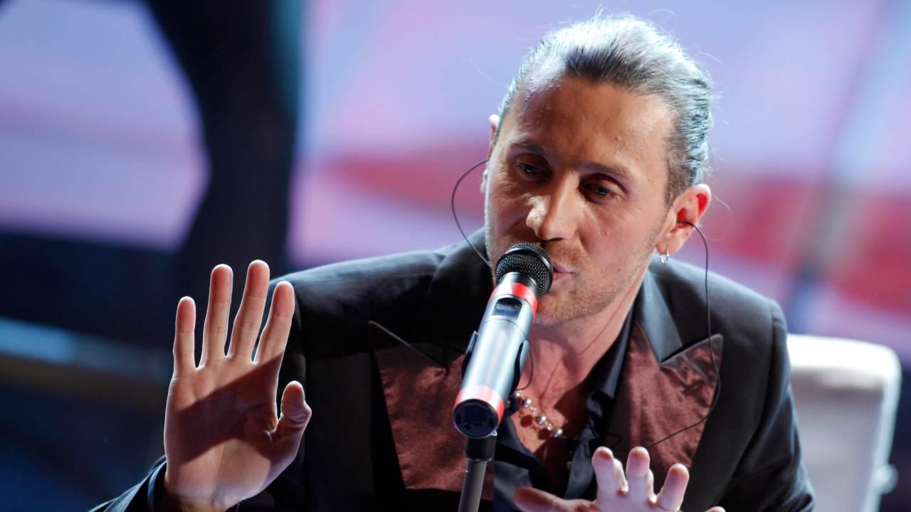 Giuseppe Povia sul palco