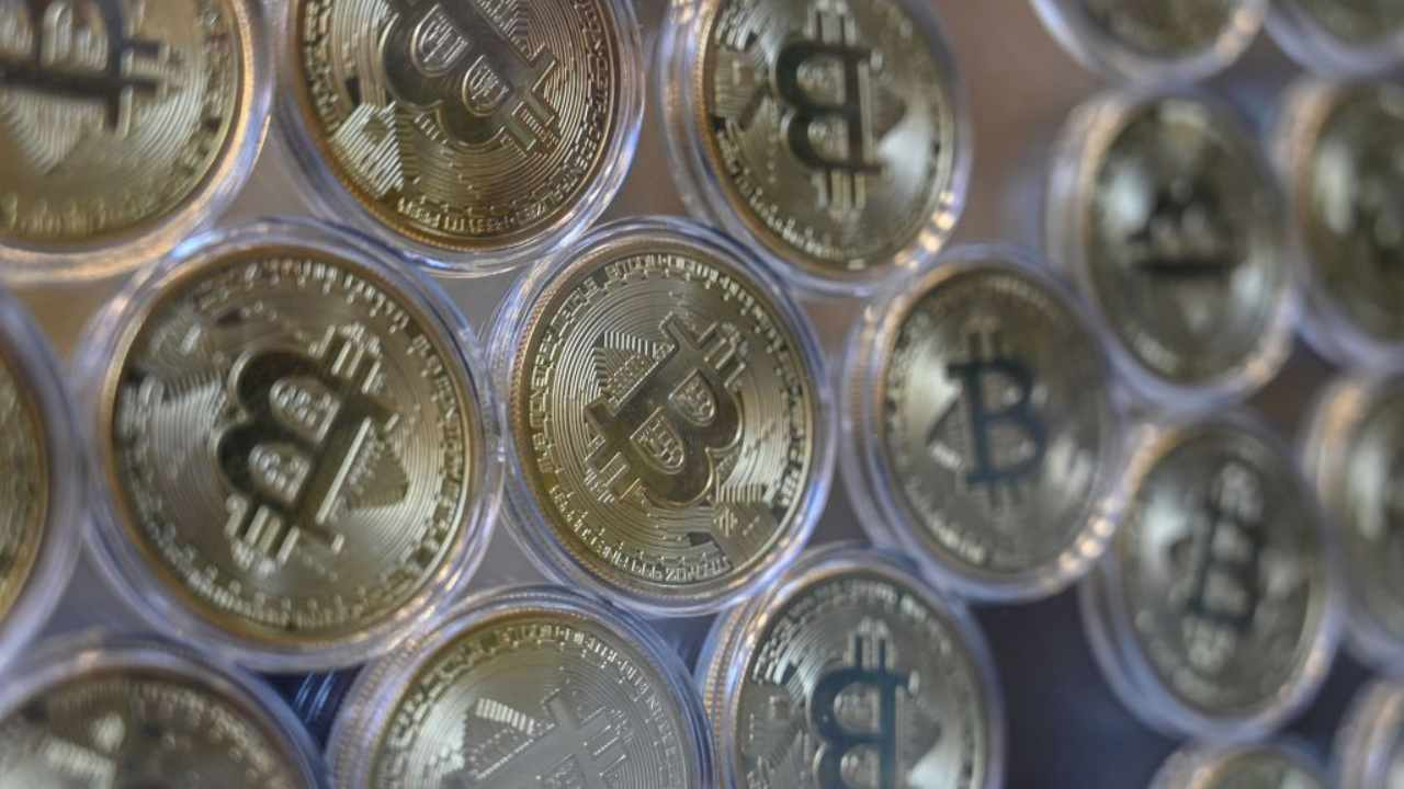 GettyImages-bitcoin (1)