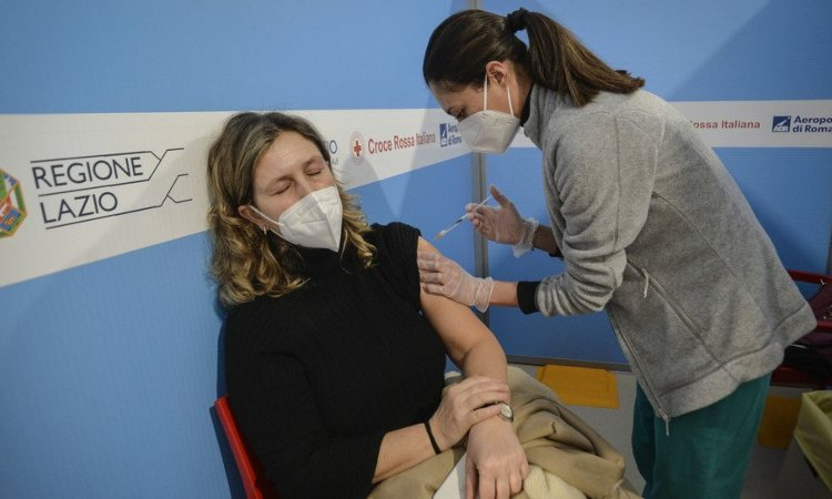 Il vaccino per fermare i contagi da Covid-19