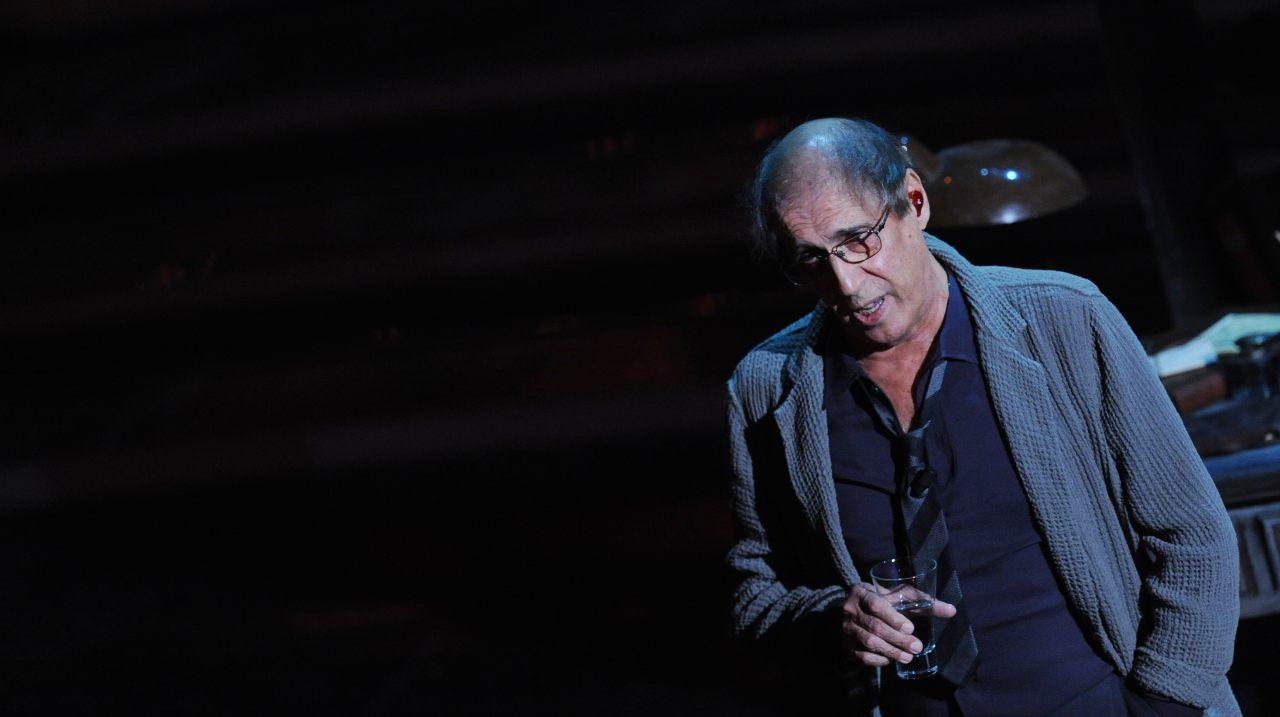 Adriano Celentano sul palco