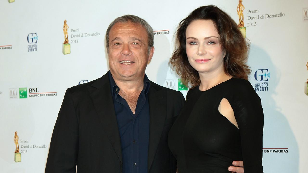 Claudio Amendola e Francesca Neri in posa