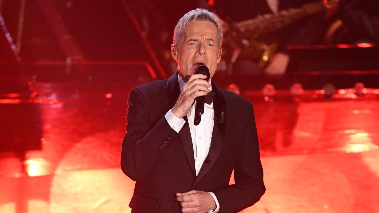 Claudio Baglioni in esibizione