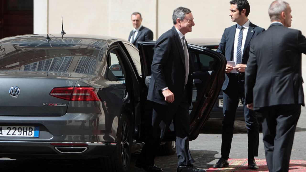 Draghi non si vede e non si sente, quando parlerà il Premier?