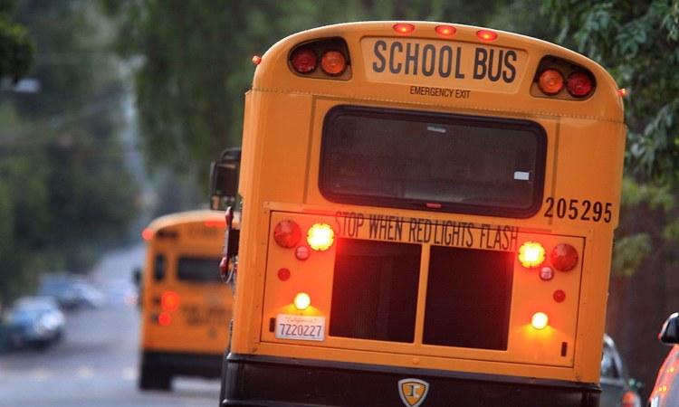 Tipico school bus anglicano