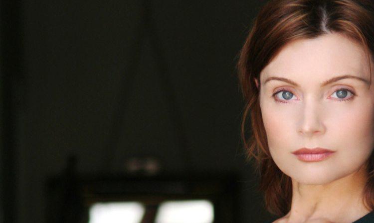Sabrina Paravinci sguardo attento