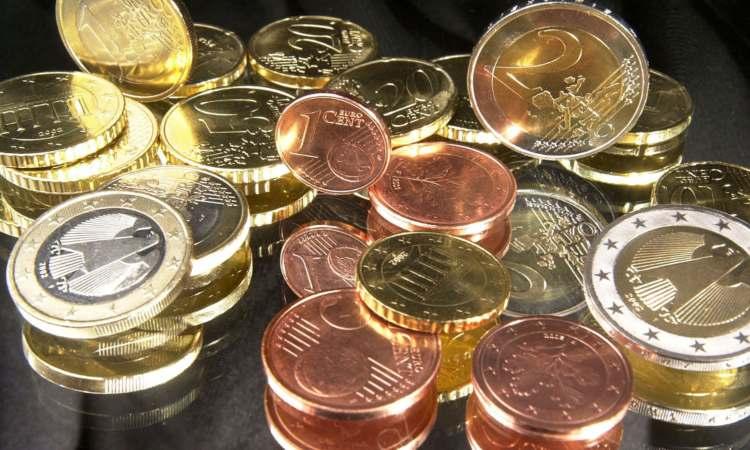 Alcuni euro in formato monetario