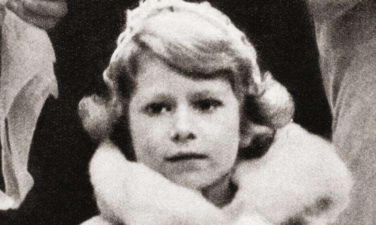 La regina Elisabetta piccola