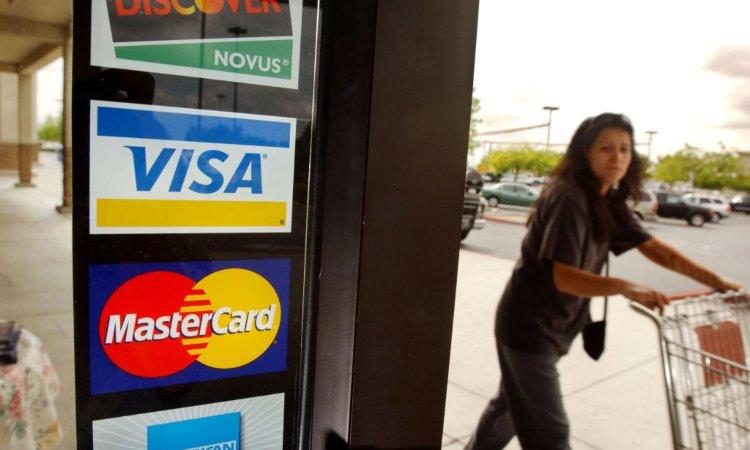 Un'attività che accetta pagamenti con carta