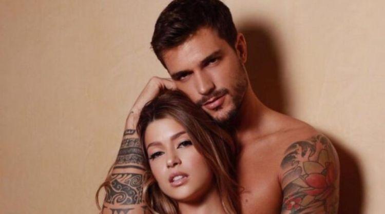 Andrea Zelletta e Natalia Paragoni torso nudo