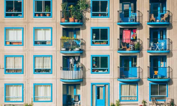 balconi di un palazzo