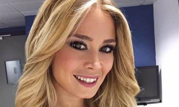 Diletta Leotta sorride