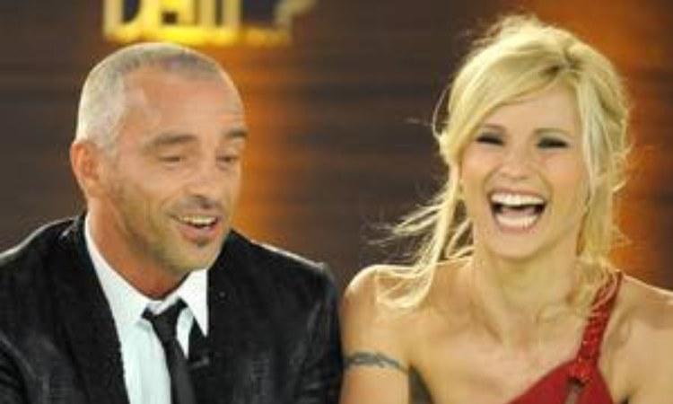Eros E Michelle sorridono