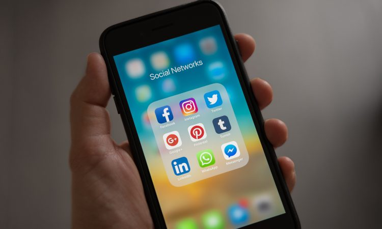 i social media sullo smartphone