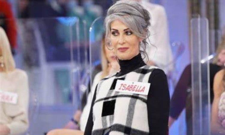 Isabella Ricci capelli raccolti
