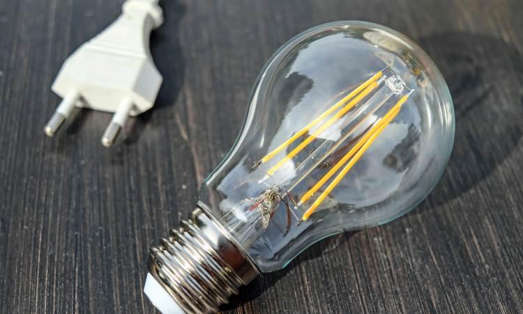 lampadina ad energia elettrica
