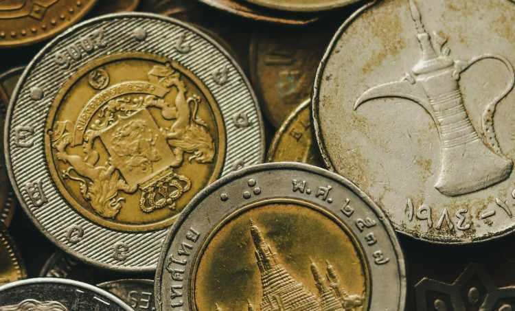 monete di metallo italiane e estere