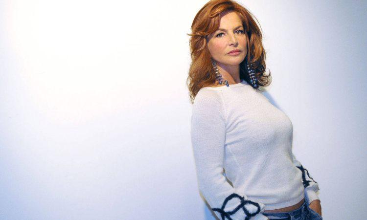 Giuliana De Sio maglia bianca