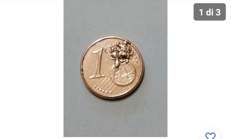 Una moneta con errore di conio da un centesimo