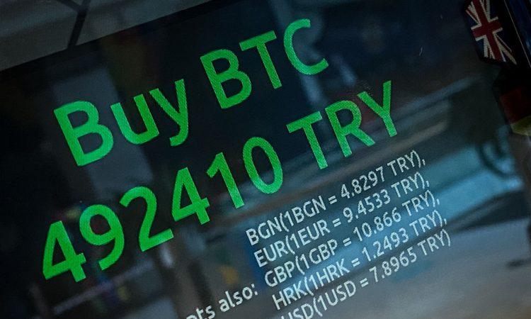 Una scritta in verde relativa ai BTC