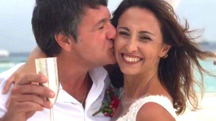 Benedetta Parodi e Fabio Caressa abbracciati