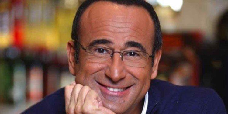 Carlo Conti sorride