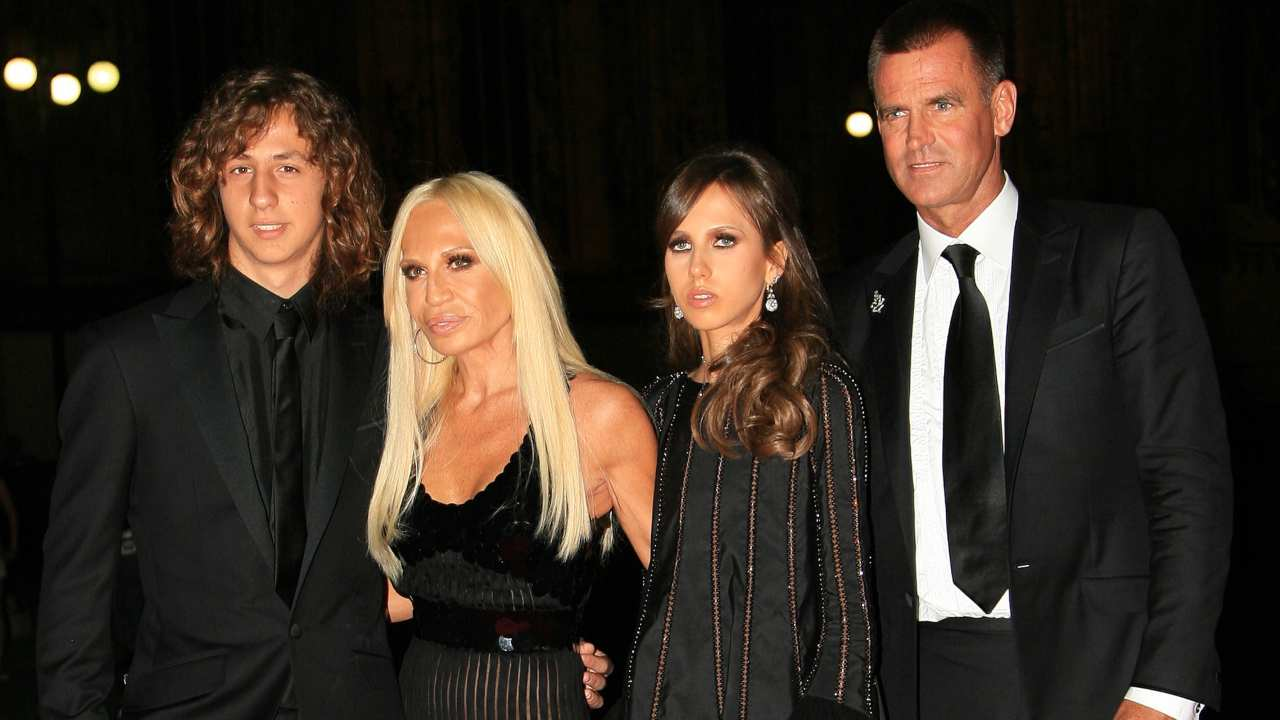 Donatella Versace e la sua famiglia