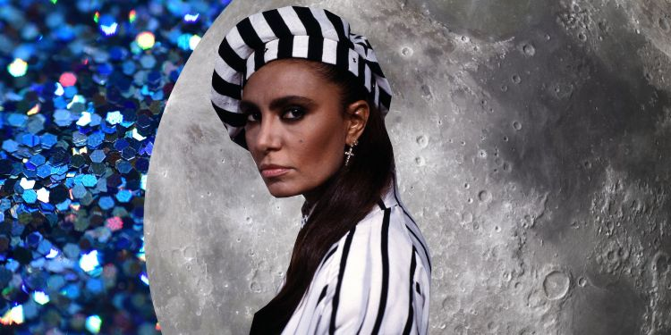 Loredana bertè cappello bianco e nero