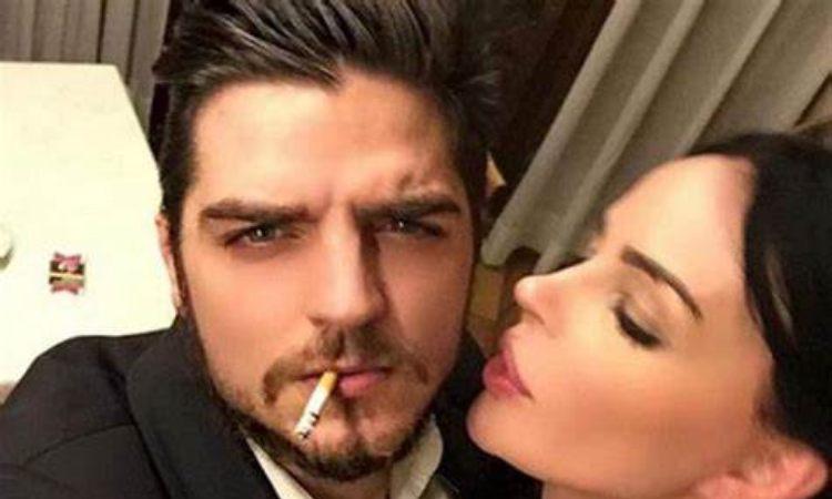 Nina Moric e Luigi Favoloso sigaretta in bocca
