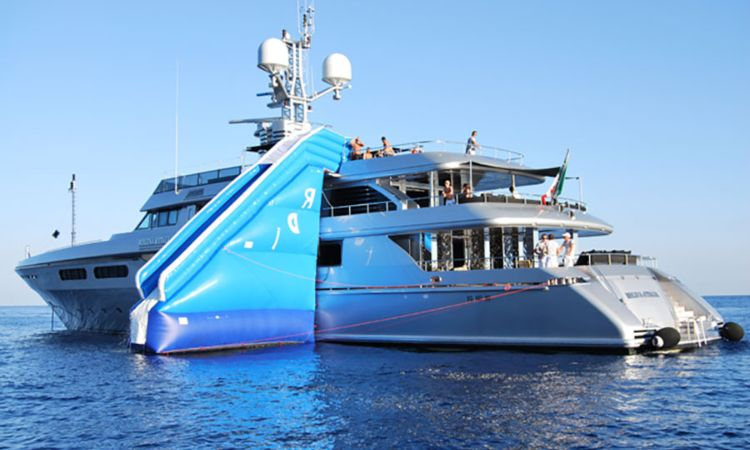 Regina d'Italia lo yacht dei due stilisti