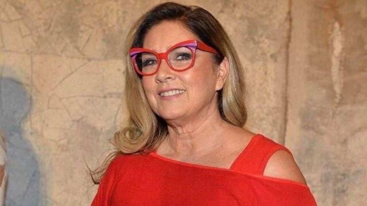 Romina Power occhiali rossi