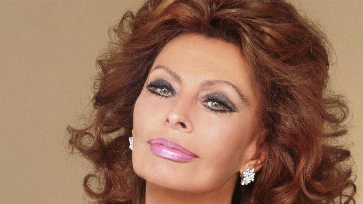 Sofia Loren rossetto rosa