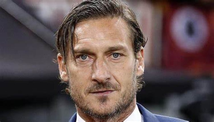Francesco Totti serio