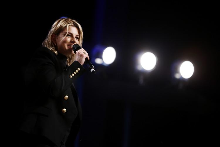 Emma Marrone al Maurizio Costanzo Show