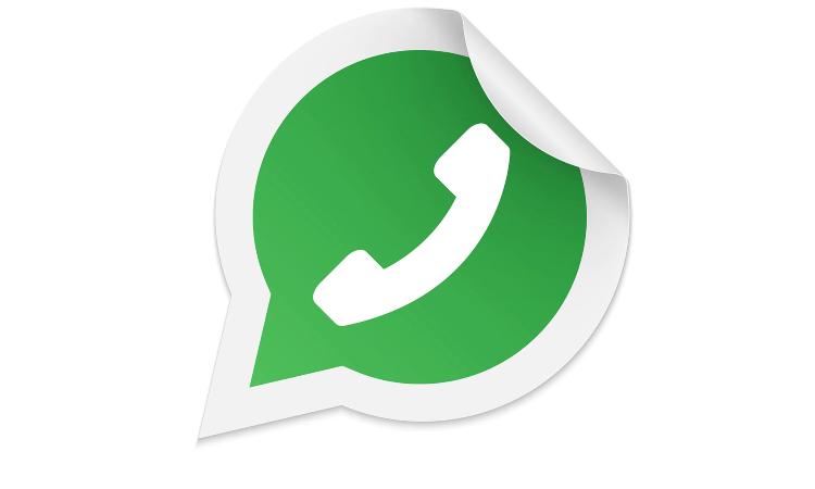 Il logo in verde di Whatsapp con una piegatura in alto