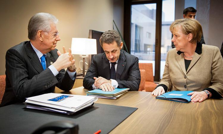 Una riunione fra Monti, Sarkozy e Merkel