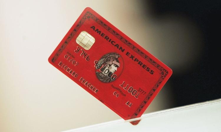 Un modello delle carte di credito Mastercard