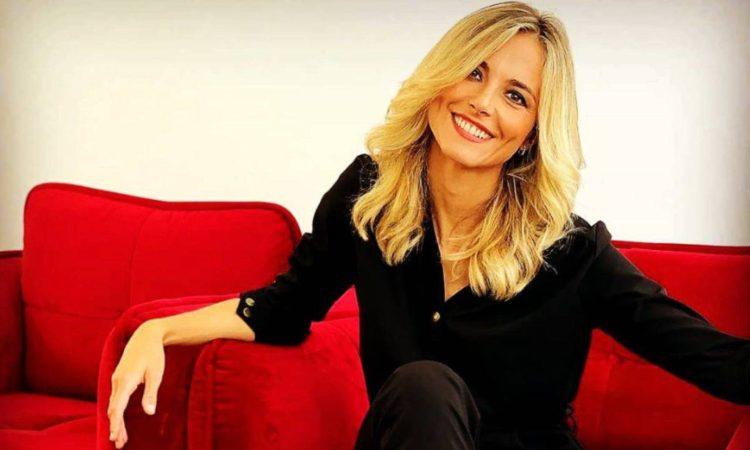 Francesca Fialdini sorride