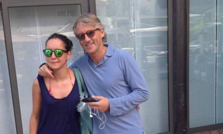 Roberto Mancini occhiali con sua figlia